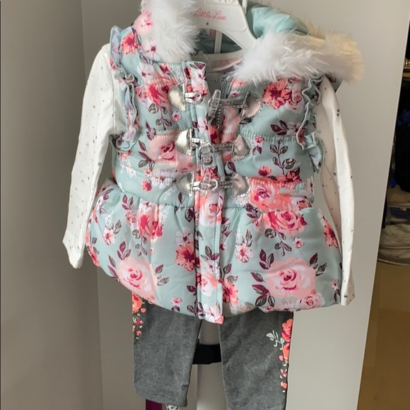Girls outfit size 2
